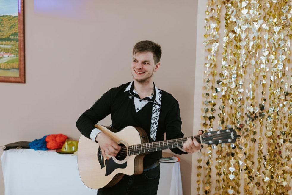 Jak zabavit hosty na svatbě?